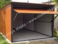 Jasnobrązowy garaż, cegła