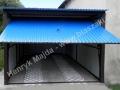 Niebieski blaszak z bramą uchyloną RAL 5010