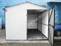 Biały garaą z dachem dwuspadowym 3x5