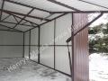 Wnętrze z zewnątrz - konstrukcja bramy